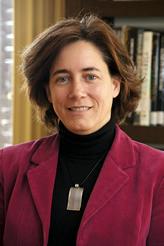 Isabel Peñalosa Esteban - Directora de Relaciones Institucionales y Asesoría Jurídica